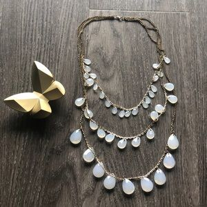 Jewelry - Vintage Tiered Necklace